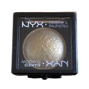 B2G2 NYX Baked Metallic Eyeshadow Ghetto Gold